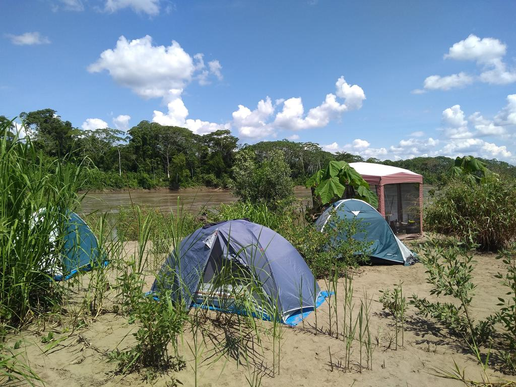 Giant otter crew campsite on a beach of the Madre de Dios river. Credit: Adi Barocas