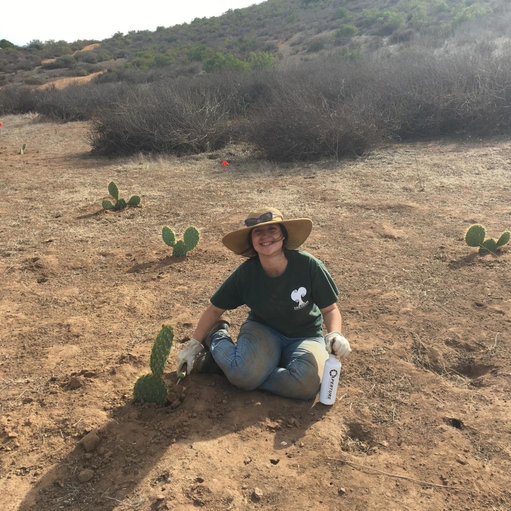 A volunteer from Zoo Education. Photo by Sarah Barnard.