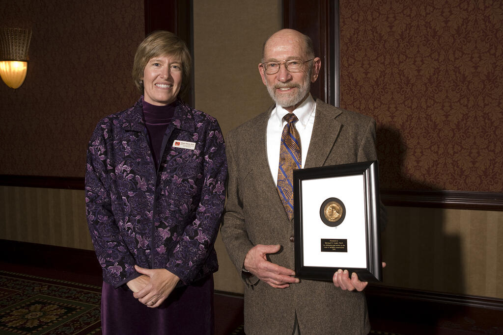 The author with Michael Soule when he won SDZG's prestigious Lifetime Achievement Award in 2007.
